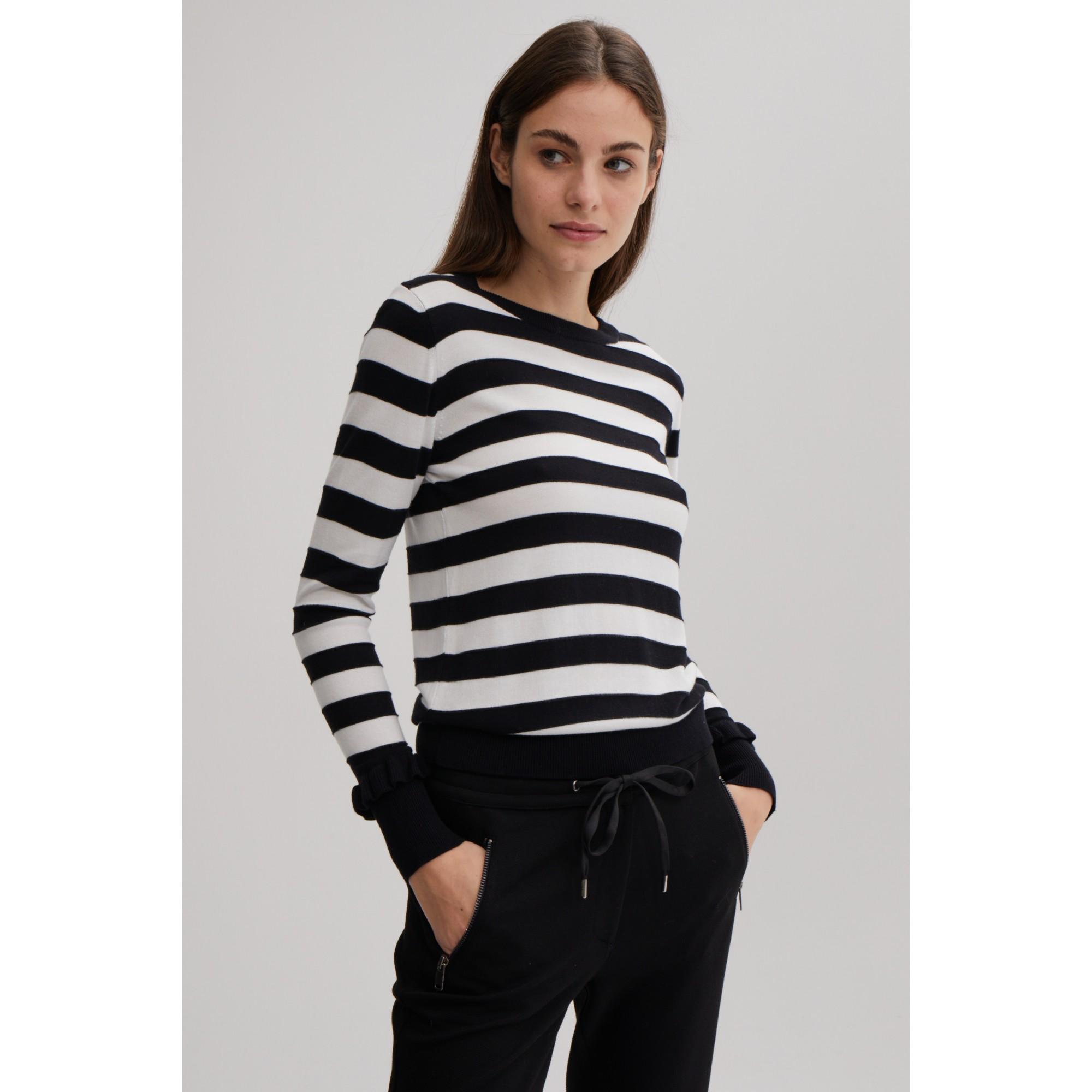 More & More Pullover Amanda